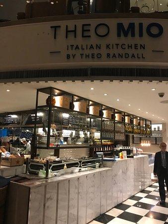 Theo mio italian kitchen photo de theo mio italian for D italian kitchen
