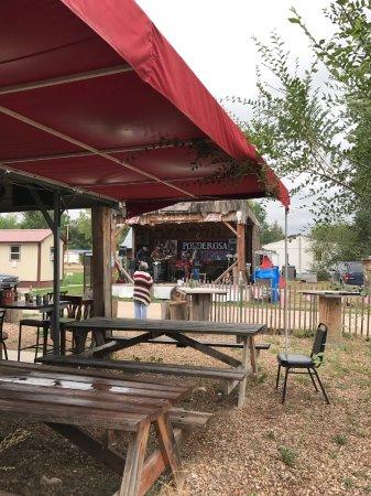 Hulett, WY: Outside dinning
