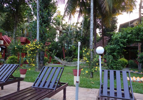 Deshadan Cliff & Beach Resort Picture
