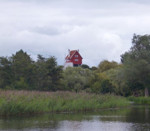 Thorpeness, UK: The House in the Clouds