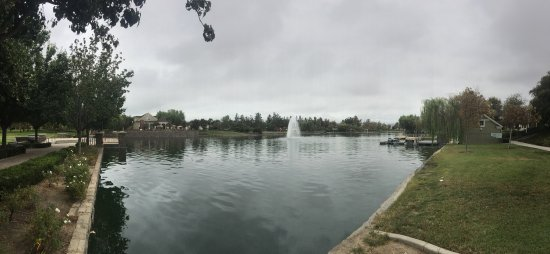 ‪Lake Harveston Park‬