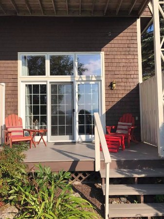 Lodge at Moosehead Lake: Alagash Patio
