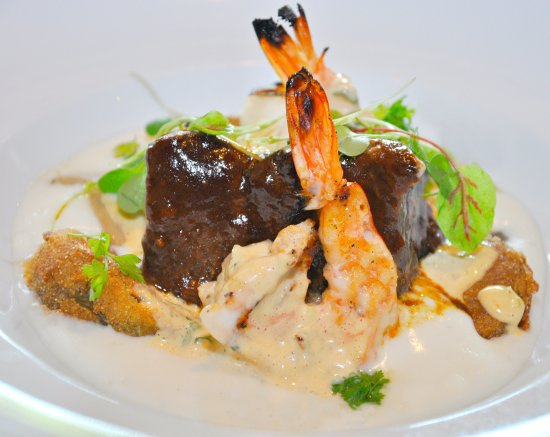 Bernardsville, NJ: Braised Short Rib & Grilled Shrimp