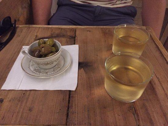 QuitaPenas Valldemossa: Super süße Tapas-Bar! Perfekter Nachmittagssnack!