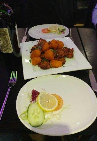 Bromsgrove, UK: Chicken Pakora and Onion Bhajee Starter for two