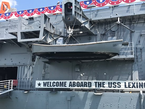 USS LEXINGTON: photo5.jpg