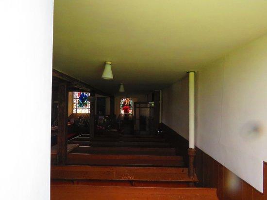 Edenshead and Strathmiglo Parish Church: long view