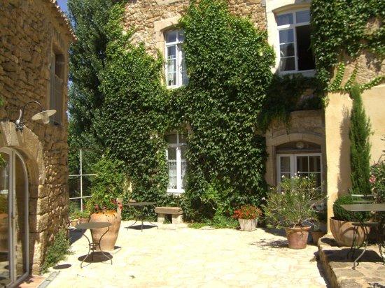 Les Aiguières en Provence