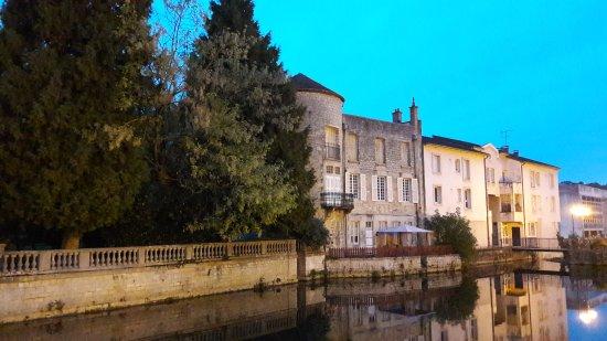 Joinville, Frankreich: 20170923_195525_large.jpg