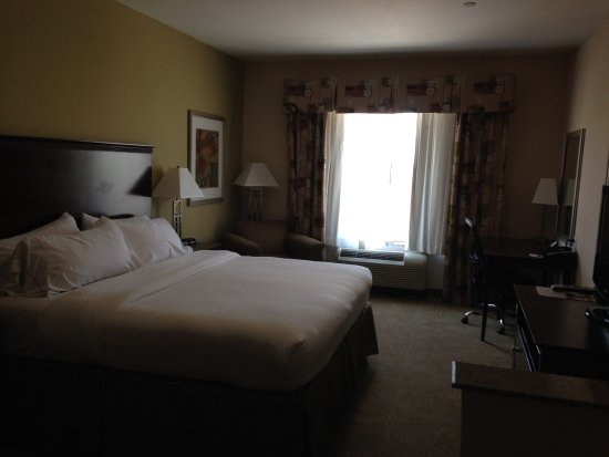 Brownfield, TX: King suite