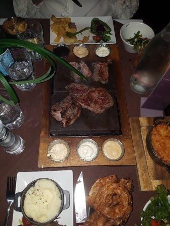 Rawtenstall, UK: Great food, great atmosphere, great service