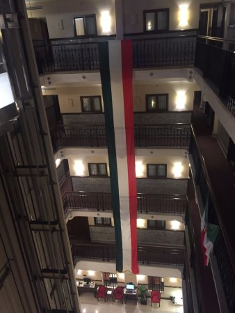 Hampton Inn & Suites Mexico City - Centro Historico : Celebrating Mexican Independence