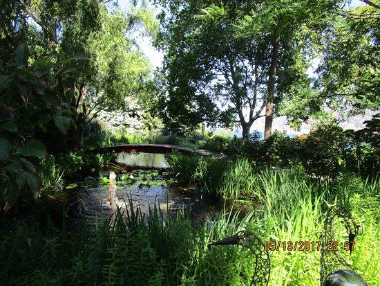 Linden Gardens: Lovely vista.