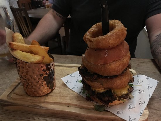 Buxted, UK: Big Buddy Burger