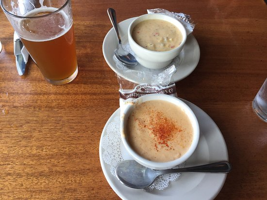 Skaneateles, NY: Lobster bisque and the soup of the day