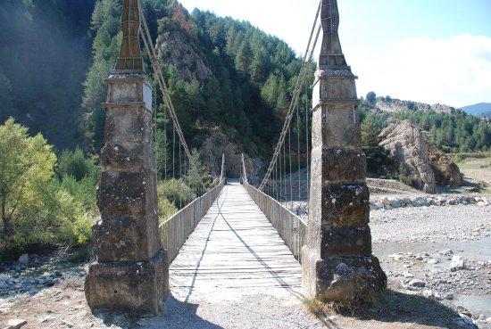 Fiscal, España: Pont sur le Rio Ara