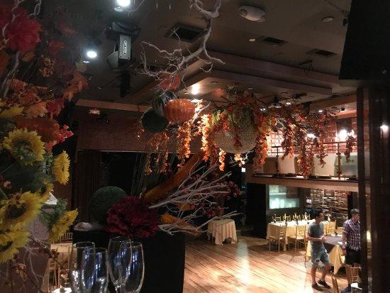 Encore Restaurant Bay Ridge With New Fall Decorations