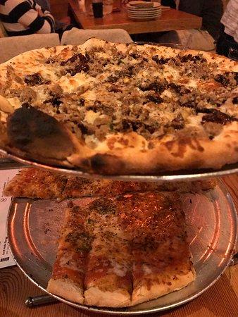 Flatbread Pizza Company: photo0.jpg