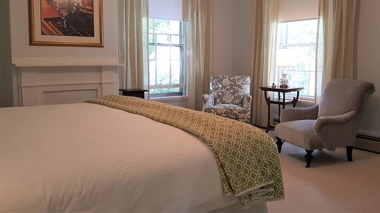 Bath, ME: A view of the spacious Castine room provides a tranquil respite for your stay.