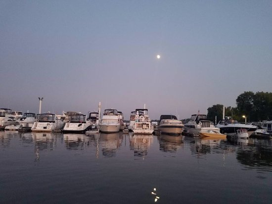 Welch, MN: A beautiful night at the marina