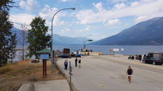 Balfour, Canada: Kootenay Lake Ferry dock