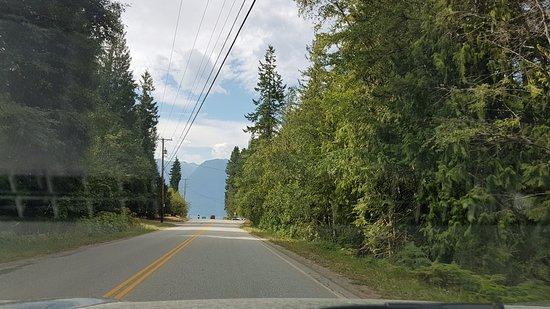 Kaslo, Καναδάς: Kootenay Lake along Hwy 3A