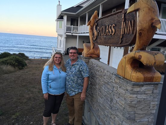 Spyglass Inn at Shelter Cove: The mighty Pacific is right off your back porch!
