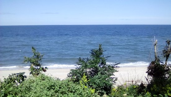 Jamesport, NY: undeveloped beach