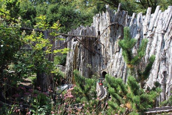 Railroad Garden Picture Of Fernwood Botanical Garden And Nature Preserve Niles Tripadvisor