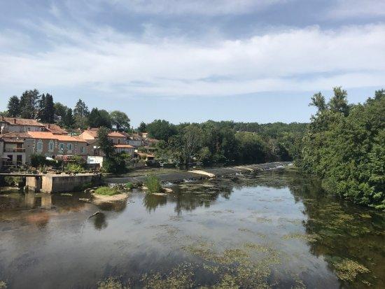 Saint-Astier, Prancis: photo0.jpg