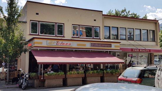 Nelson, Canadá: Baker Street diner