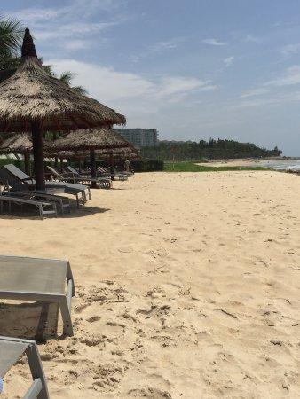The Cliff Resort & Residences: Территория отеля