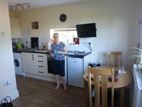 Berrynarbor, UK: Honeypot Kitchen 2015