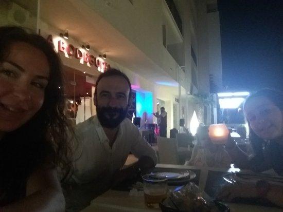Restaurante La Bodeguita: 20170923_212745_large.jpg
