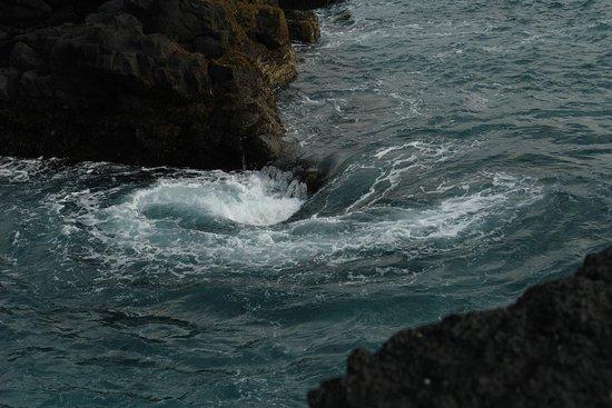 Grindavik, IJsland: Meer und schroffe Lava, immer ein Foto wert