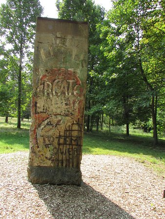 Chalk Hill, PA: A piece of the Berliln Wall