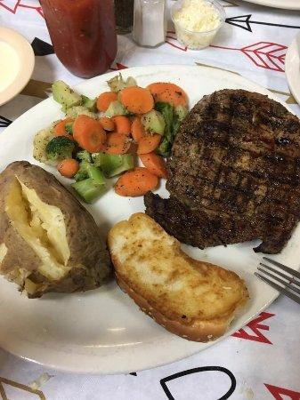 Bastrop, LA: Ribeye Steak Dinner
