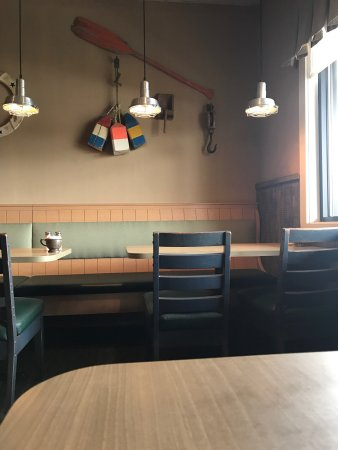 Vernon Rockville, CT: Food was delicious but decor needs updating and it would be even better
