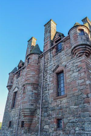 Port Glasgow, UK: Newark Castle turrets