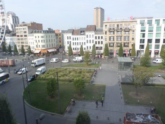 Park Inn by Radisson Antwerpen Photo