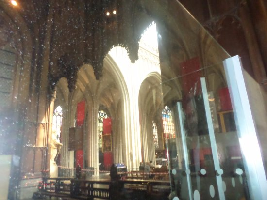 Park Inn by Radisson Antwerpen: part of the inside of the cathedral