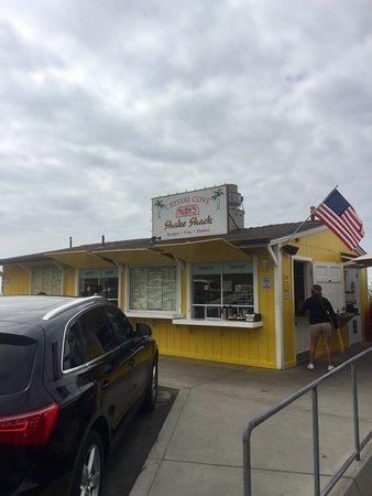 Crystal Cove Shake Shack Laguna Beach Restaurant Reviews Phone Number Amp Photos