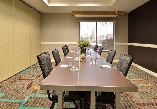 Residence Inn Denver Airport: Meeting Room – Boardroom Setup