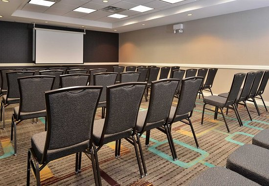 Residence Inn Denver Airport: Meeting Room – Theater Setup
