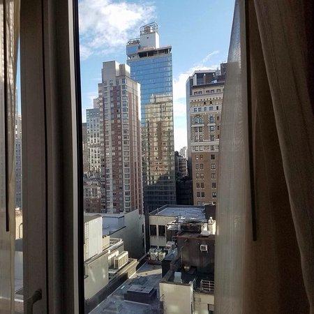 Hilton Garden Inn New York/West 35th Street: 22nd Floor, King Room ,