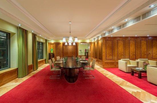 Regent Berlin: Boardroom Mendelsohn