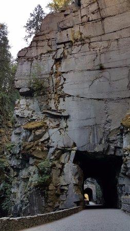 Hope, Canada: Othello Tunnels