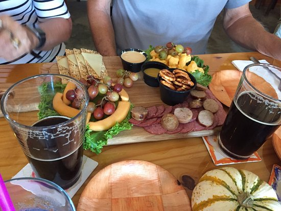 Hayesville, Carolina do Norte: A Sausage and cheese Plate