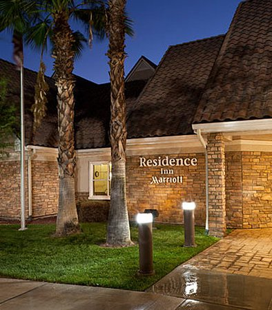 Residence Inn San Bernardino: Entrance