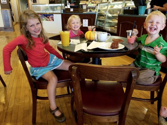 Fremont, OH: These cuties wanted to beat the heat with our Smooth Smoothies!